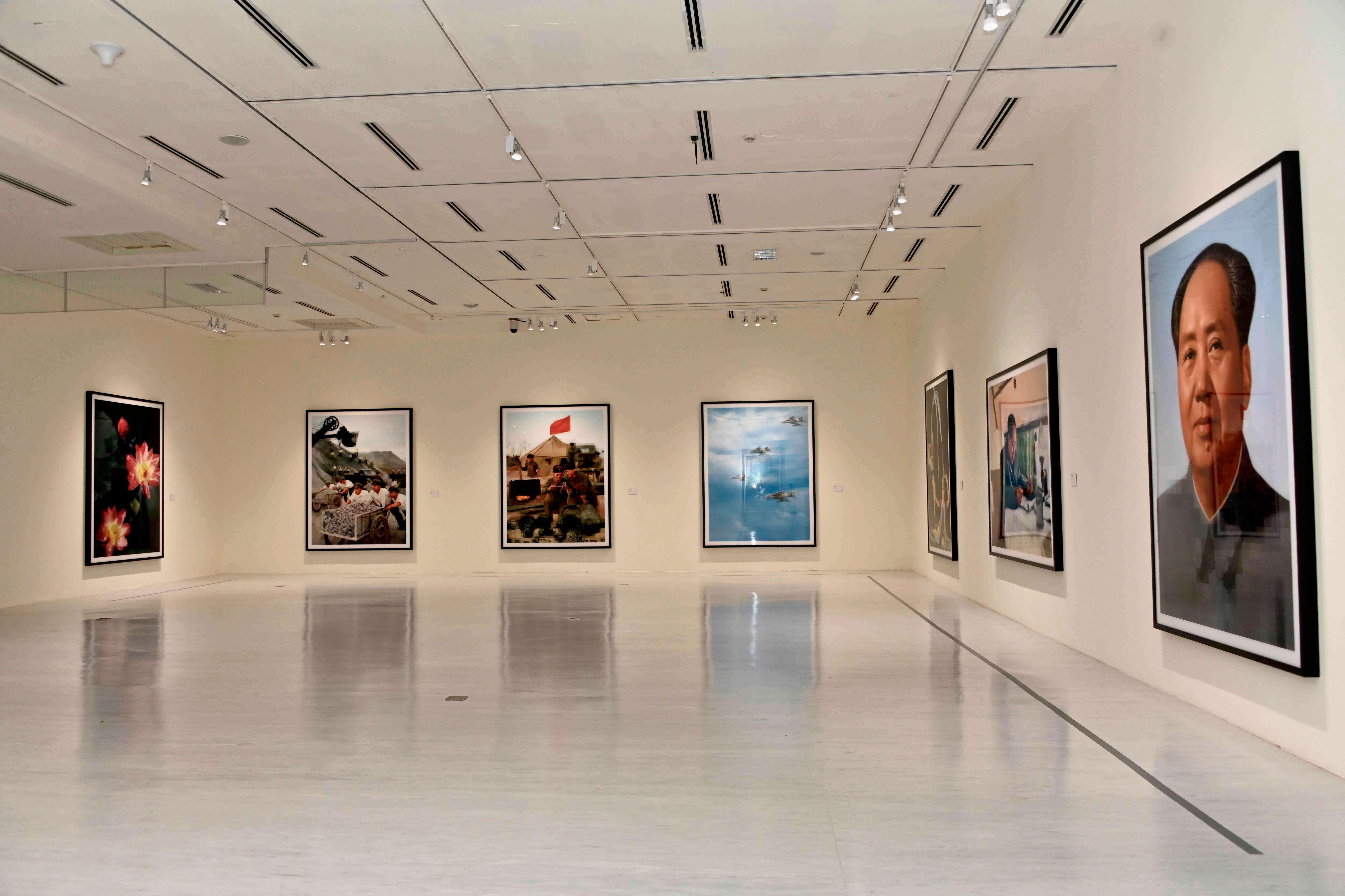 「影像之後—湯瑪斯.魯夫1989-2020攝影作品展」解構攝影媒介的既有觀念