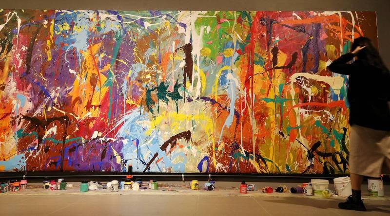逾千萬元畫作遭年輕男女塗漆 塗鴉藝術家說話了!